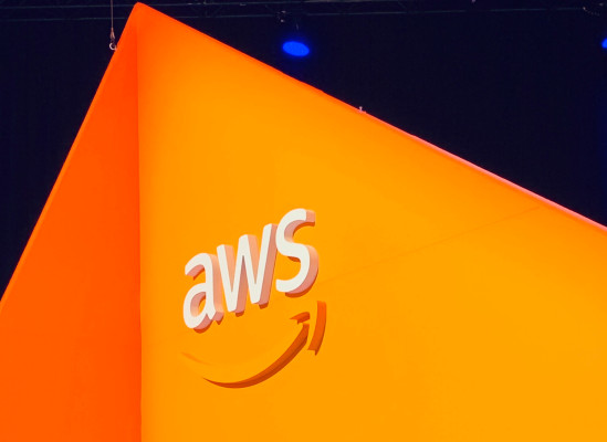 Judge temporarily halts work on JEDI contract until court can hear AWS protest – TechCrunch